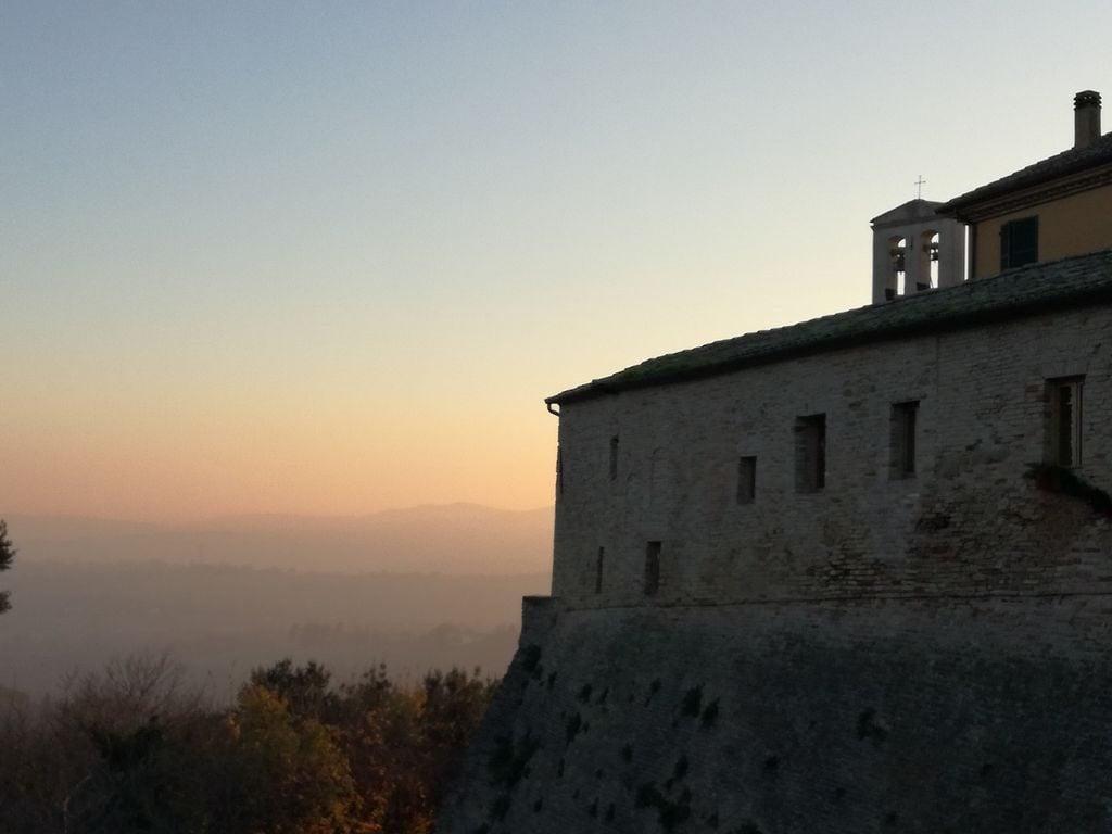 tramonto Candelara Marche