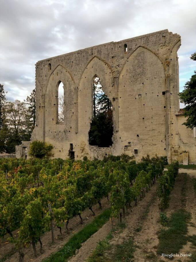 Resti mura convento dominicano Saint-Émilion