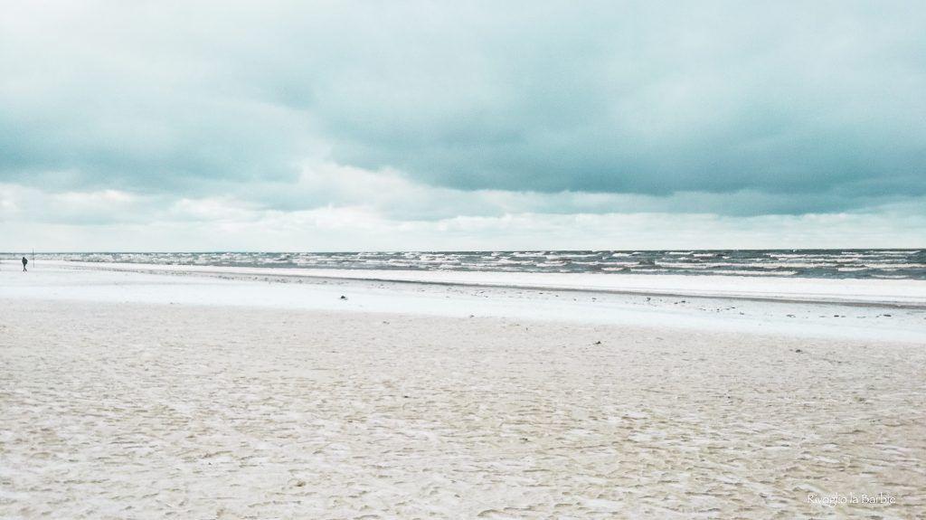 spiaggia Jurmala innevata