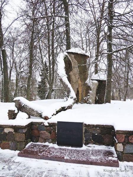 Tomba di Maija Roze Sigulda