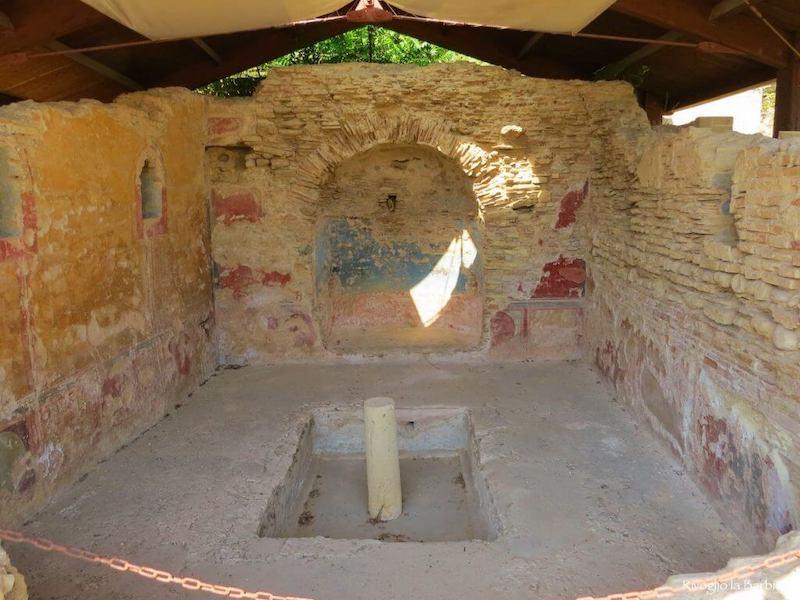 ninfeo villa romana cupra marittima