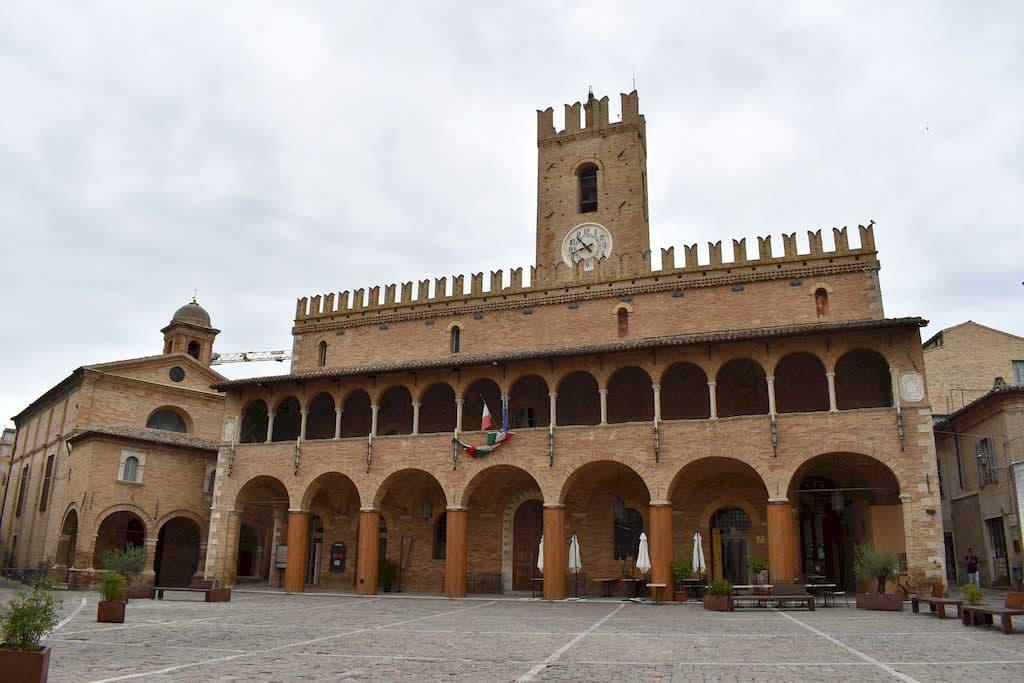 palazzo comunale Offida