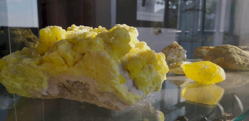 cristallo di zolfo